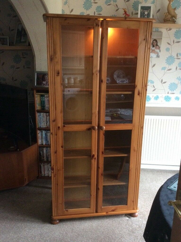 Antique Pine Display Cabinet with light - Antique Pine Display Cabinet With Light In Bromsgrove