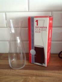 Modern Glass wine decanters - Pair of