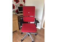 Red office/computer chair