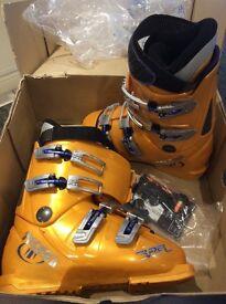 Tecnica Rider ski boots UK size 5
