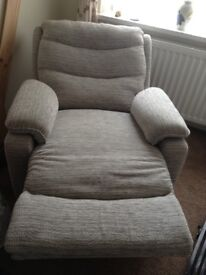 Electrical reclining armchair