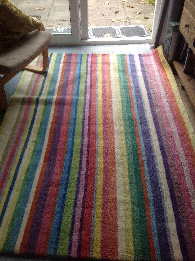 rug for a child's room