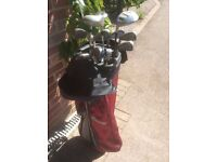 Set of lefthanded golf clubs