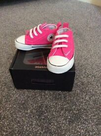 Infant pink converse