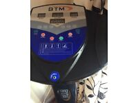 Large vibrating fitness machine