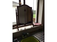 Dressing table mirror in excellent condition