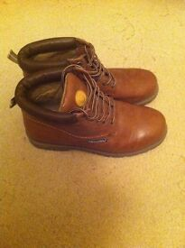 MENS BOOTS BROWN