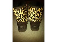 Uggs-size 5 genuine leopard print uggs in excellent condition