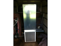 Graded Bosch KIV38X22GB Integrated Fridge Freezer RRP £679 FREE DELIVERY