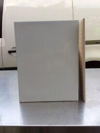 White Bumpy Ceramic Tiles 250mm X 330mm X 8mm £5 per square meter