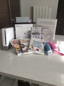 Wii bundle, incl. console,; games; wheel; accessory pack etc.