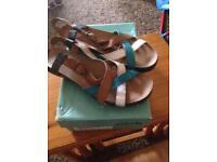 Ladies Clarks Leather Sandals Size 8