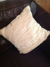 4 Gorgeous cream textured sofa cushions NEW with labels