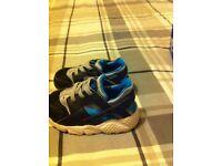 Nike Hurache Trainers £5