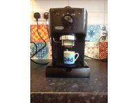 Delonghi Espresso and Cappuccino maker. Excellent condition.
