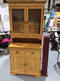 Pine effect dresser