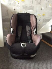 Maxi-Cosi Priori Car Seat