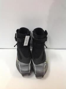 Salomon Active 8 XC Skate Boot (FE8D2Q)
