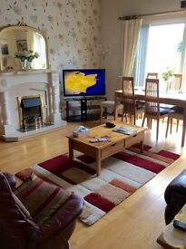Amazing two bedroom apartment in the centre of Newcastle available until next June.