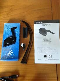 Garmin Forerunner 305 GPS with heart rate monitor and speed/cadence sensor