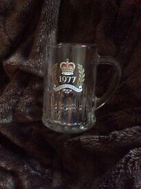 1977 Queens Silver Jubilee glass mug