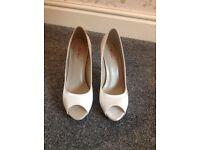 New Rainbow bridal shoes Ivory size 6