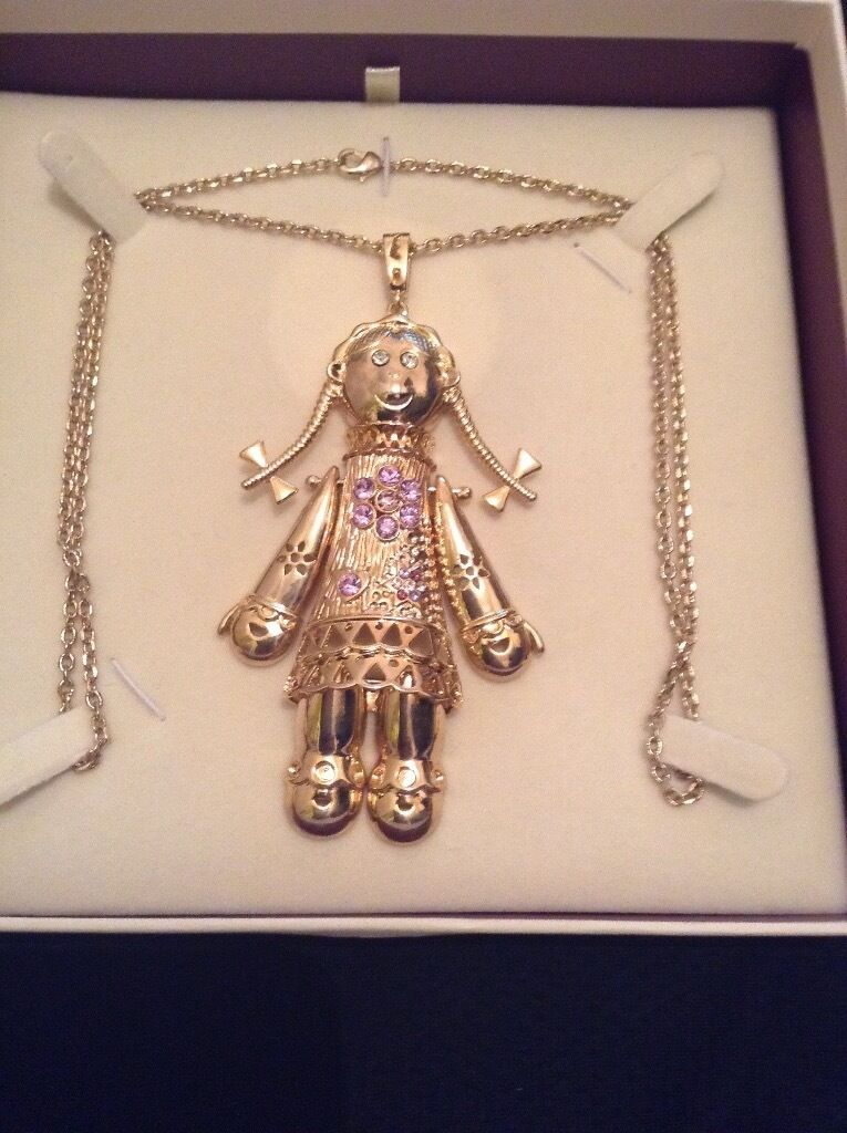 Giant 18 carat gold plated moving rag doll pendant and chain set giant 18 carat gold plated moving rag doll pendant and chain set mozeypictures Images
