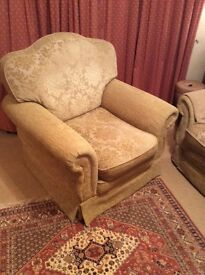 3 Seater traditional Sofa and 1 armchair