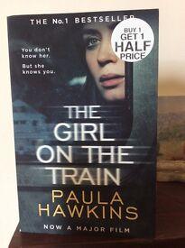 THE GIRL ON THE TRAIN. Paula Hawkins