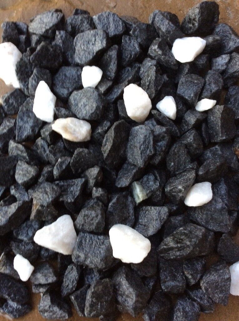 20 mm shire mix garden and driveway chips/gravel