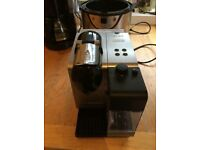 Nespresso DeLonghi coffee machine rrp £199 with milk frother