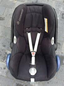 Maxi Cosi Cabriofix Isofix Car Seat / Carrier