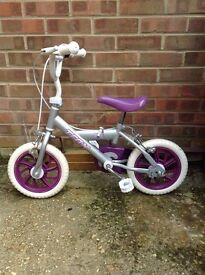 Girls Bike 3-5 yrs (approx)