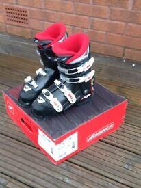 Ski boots Junior size5 - 5.5