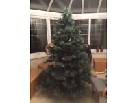 Christmas tree 7 ft artificial tree with pine cones