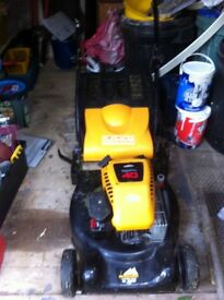 Petrol McCulloch 46-500 CD Rear roller self drive lawnmower
