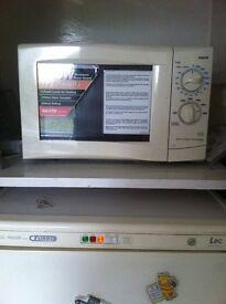 breville 800 watt 20 litre microwave in newcastle tyne. Black Bedroom Furniture Sets. Home Design Ideas
