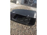 Halfords car roof box medium size and good working order