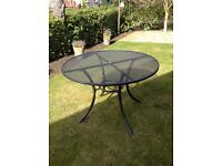 Kettler patio table cost£205lastyear sell£100 undercover all winter inc cover collect