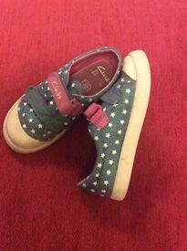 Clarks Shoes Size 7