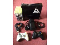 Xbox 360 Slim 250GB + 2 Contolers + Many Games