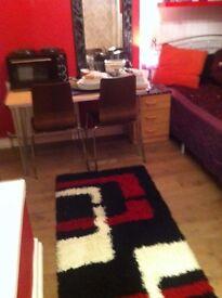 Studio flat in Finchley Road