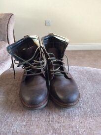 Men's Barbour boots. Size 9