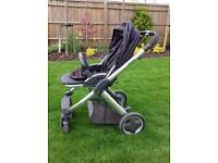 Baby Style Oyster Pram with Black Stroller pack