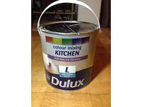 Dulux Kitchen Matt 2.5 L - English Mist