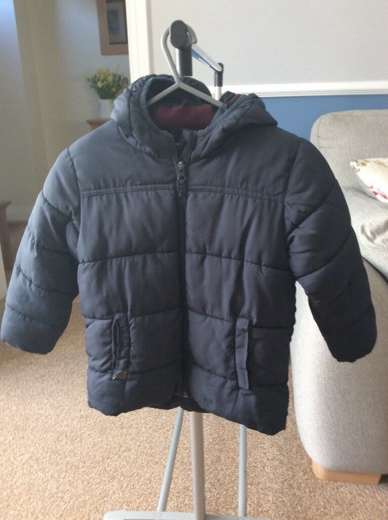 e95036902 BOYS Warm Winter Coat by NEXT. Age 3-4