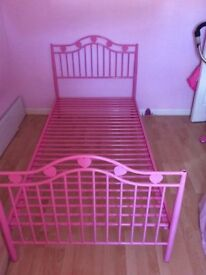 girls bed (pink metal frame girls bed)