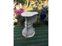 Mould for large pedestal