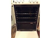 Newworld Gas Cooker, excellent condition, hardly used