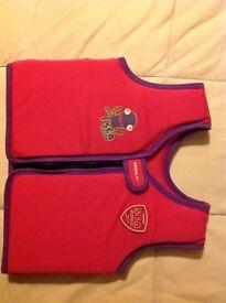 Speedo sea squad girls swim vest age 4-6